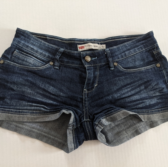 Levi's Women's sz 4 Dark  Jean Shorts cuffed